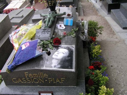 normal_pere-lachaise-tombe-edith-piaf