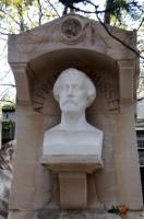 statue-alfred-de-musset-au-pere-lachaise-700-3137