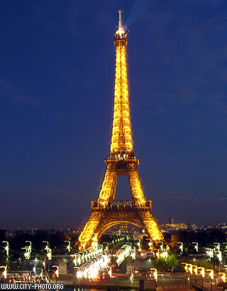 Picture  Eiffel Tower on 38 Eiffel Tower By Night   Jessy La Parisienne   Linda Moni   Photos