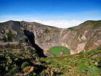 le-lac-emeraude-du-volcan-irazu_940x705