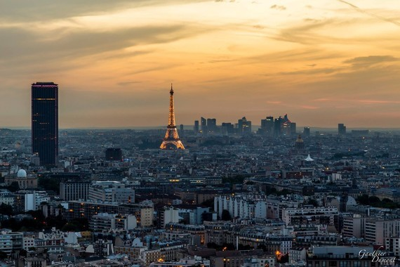 Paris , nuit tombante