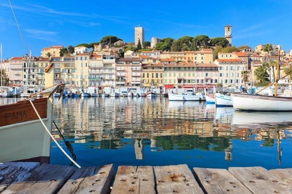 06 Cannes , le vieux port et le suquet