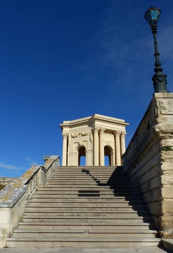 Promenade du Peyrou --- vers le château d'eau – à Montpellier-