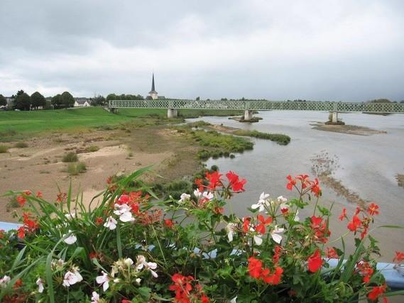 La Loire vue du Pont – à Sully-sur-Loire-