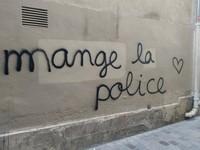mange la police  -