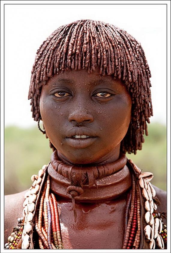 Девушки из различных племен, заселяющих Эфиопию.