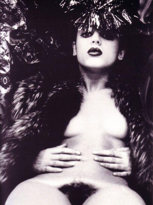 Irina Ionesco Irina-ionesco-cf_3-big