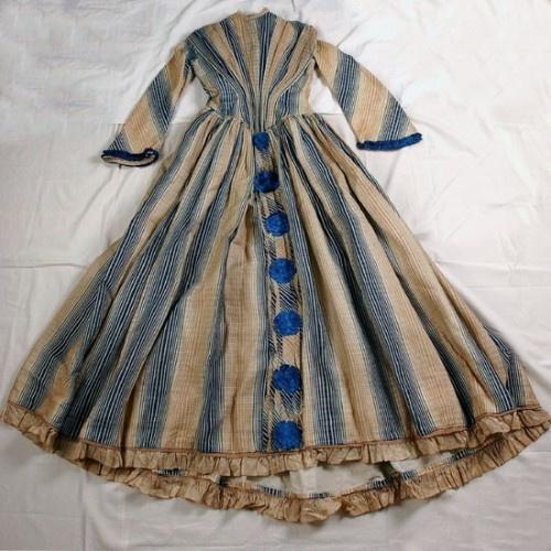 Robe 18e siècle - 14