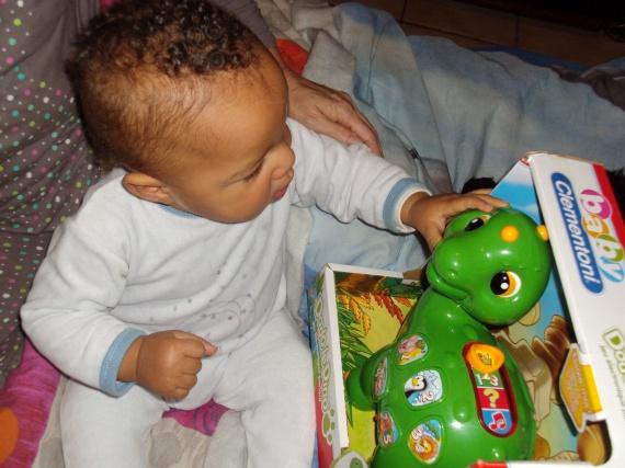 maxence et son dinossaure