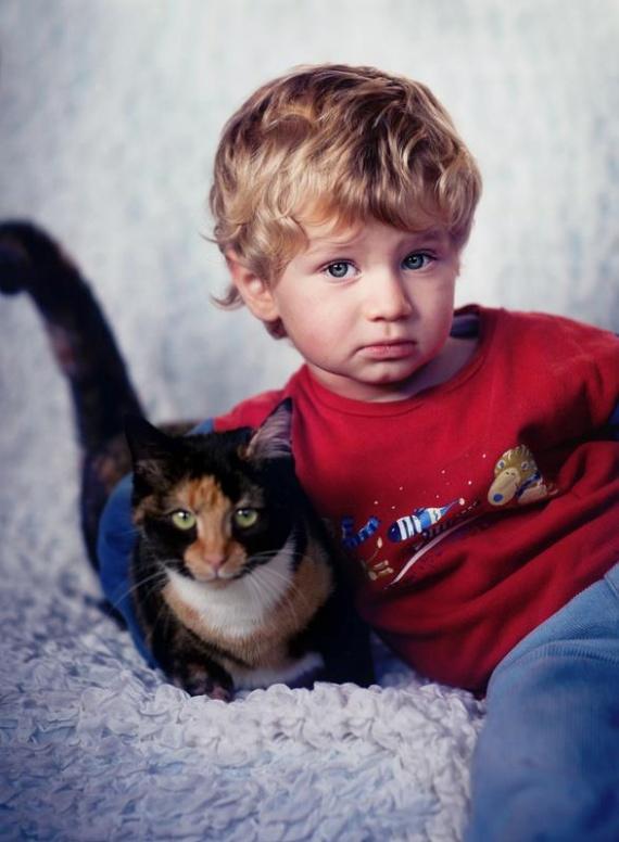 Denis avec notre chat Arya