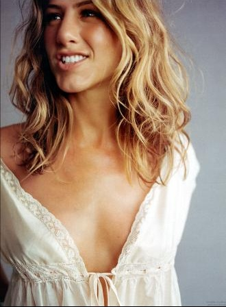 Jennifer Aniston 64