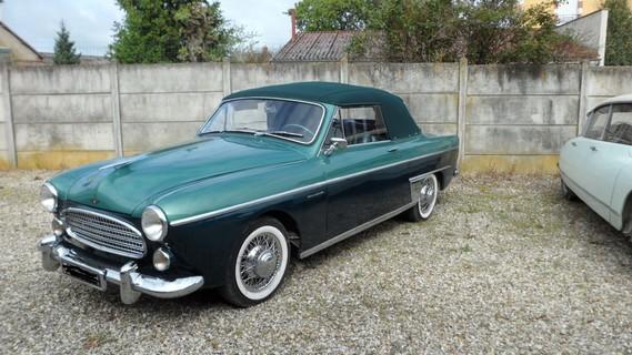Frégate cabriolet Renault