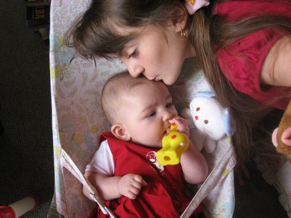 Laura adore sa soeur