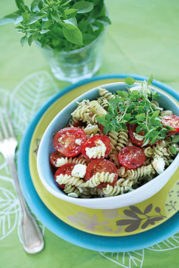 salade-tomate-pesto-rvb