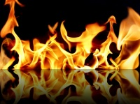 fire-reflection-wallpapers_12396_1600x1200