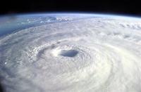 L'ouragan Isabelle de catégorie 3 a touché la côté Est des Etats Unis en septembre 2003.