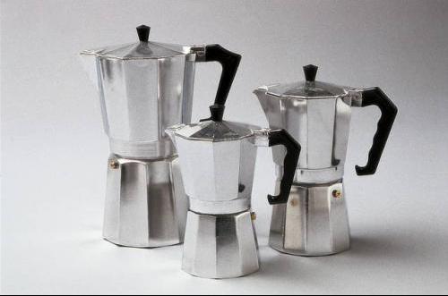 Recherche sur un th me le caf mariage forum vie pratique - Cafetiere qui moud le grain ...