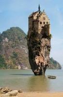 04ca12c7b2593a5511dc6adf8f1b6102--castle-house-castle-rock