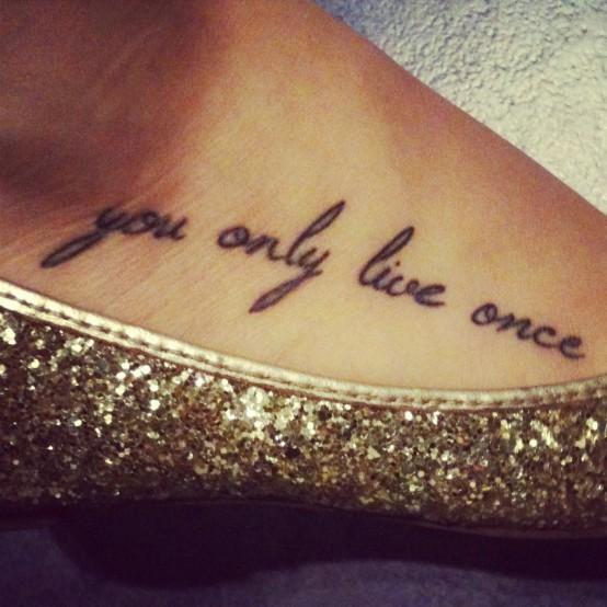 ecriture tattoo - tatouages et piercings - forum beauté