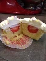 cupcake vanille fraise topping crème fouettée2