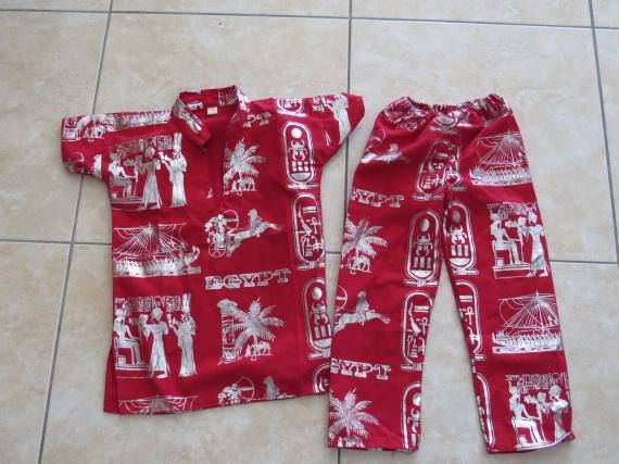 Pyjama marocain 2€