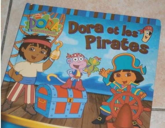 Dora et les pirates 2€
