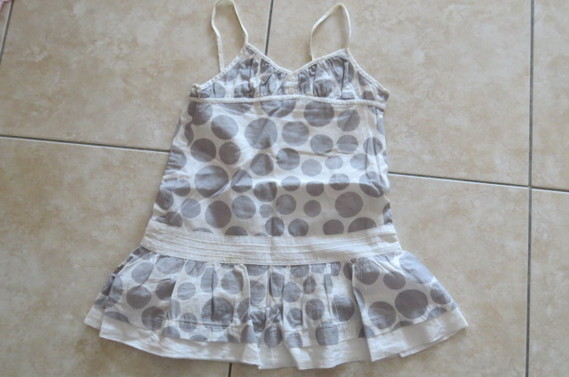 Robe Orchestra grise 3€