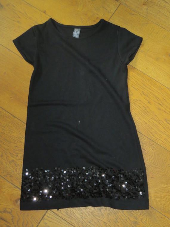 Zara Robe Noire Paillettes 4€