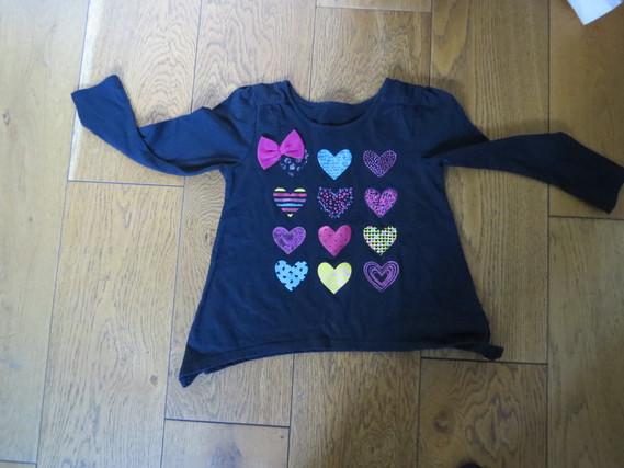 Tshirt noir coeur 2.50 €