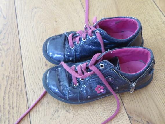 Chaussures à lacets 30 5€