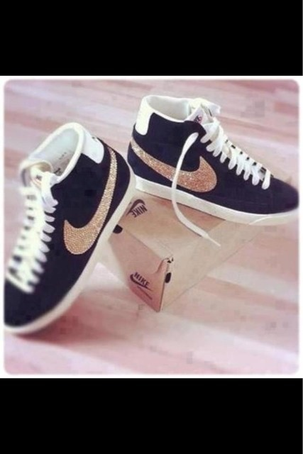 basket nike paillette