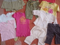 LOT bébé fille 6 mois : 11 pièces = 10€