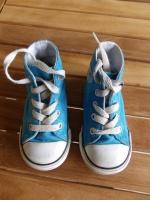 Baskets Converse p.21 (taille un 22) - bon état