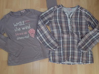 Ensemble Lisa ROse en BE - tshirt en 10ans et blouse en 12ans = 18€