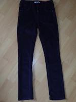 Slim en velours violet (plus clair en vrai) okaidi 10ans