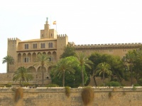 la cathédrale etses fortifications