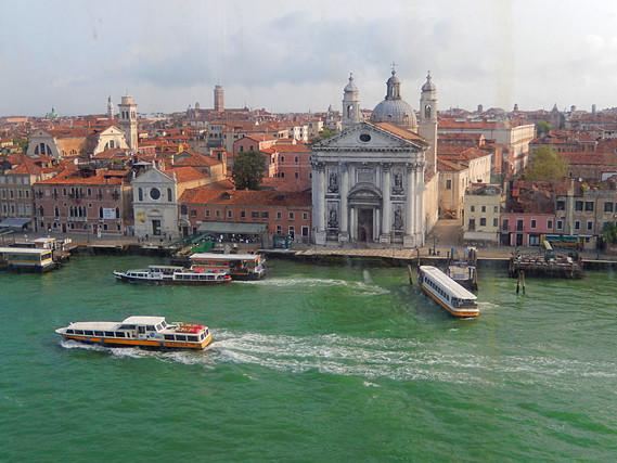 approche de Venise