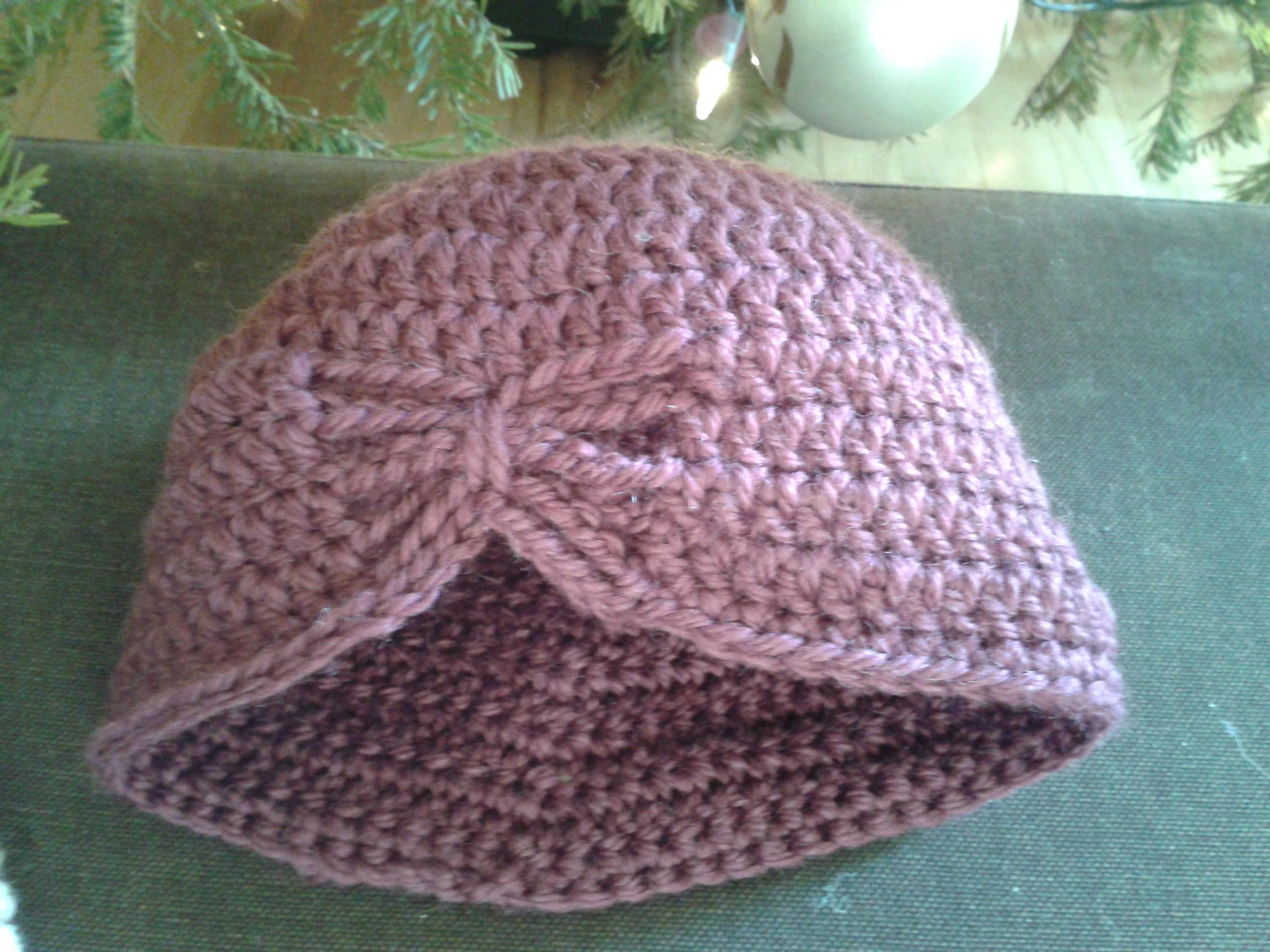 Modele bonnet crochet bébé Tricot-crochet-bebes-bonnet-butterfly-big