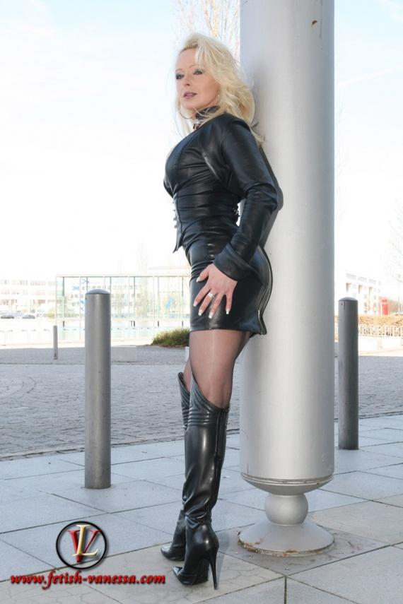 lady-vanessa-img_3162_g-img
