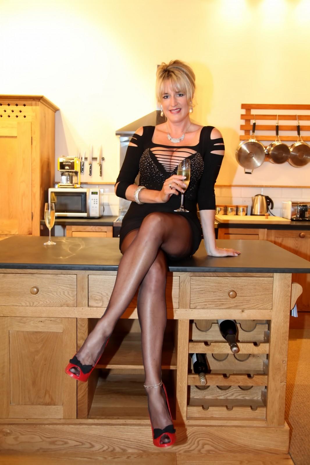 Legs On Show Linda Bareham