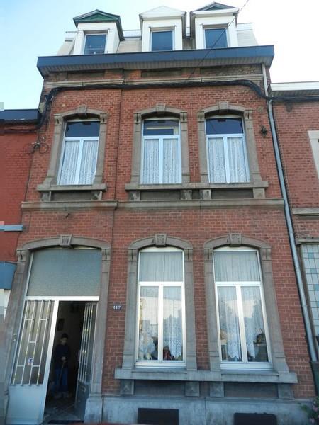 Idee couleur facade en vieilles briques immobilier for Facade maison gris bleu