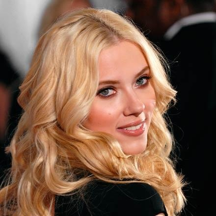 Scarlett-Johansson_closer_star_large