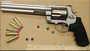 img31180_500-smith---wesson-magnum