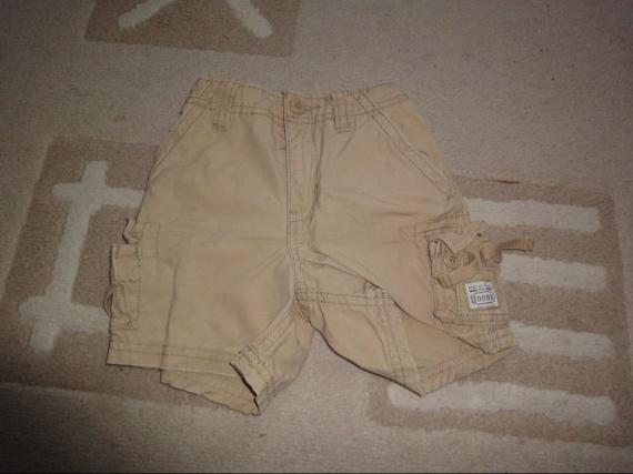 short beige 3€