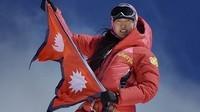 pasang-summit-k2-voting_92893_600x450_1