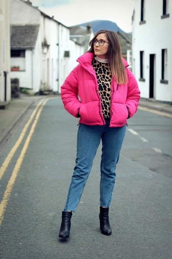 Pink New Look Puffa Jacket Zara Top H&M Jeans 5