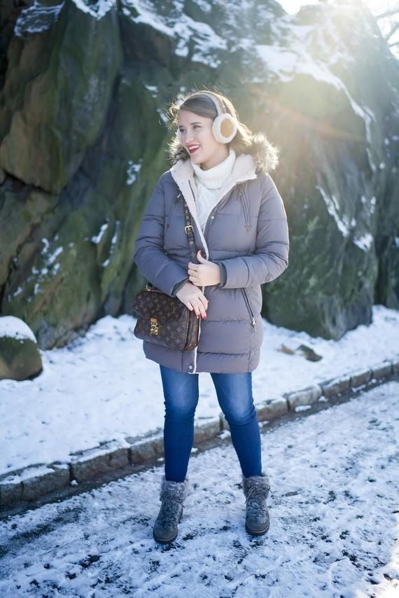 covering the bases fashion blog ralph lauren puffer coat winter fashion fur boots ugg earmuffs-2