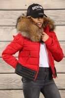 red-fitted-down-jacket-with-hood-with-real-fur-trim(14)4