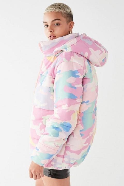 nicopanda-urban-outfitters-uptown-pastel-camo-puffer-jacket-1
