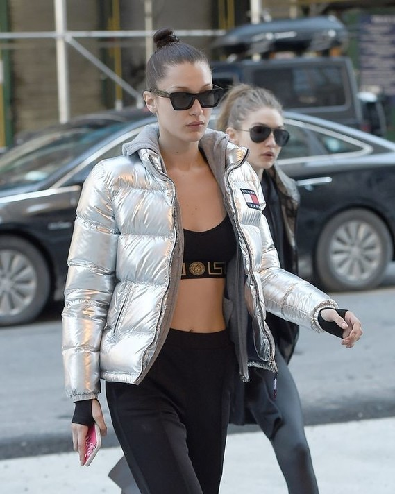 Bella-Hadid-and-Gigi-Hadid-seen-wearing-workout-clothes-in-New-York-City